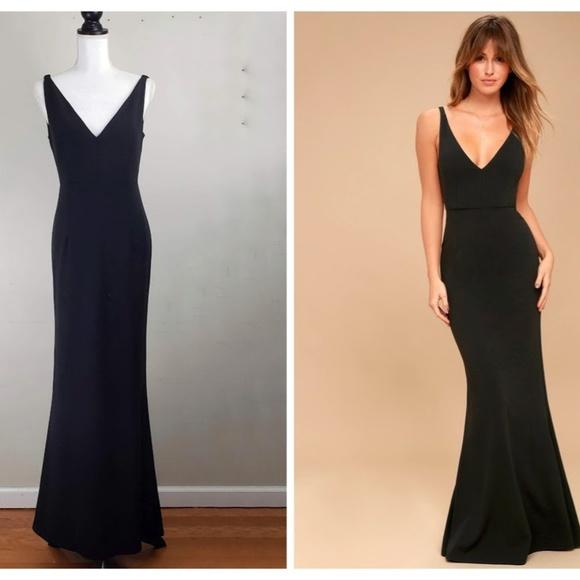 79ffb6f8f22c1 Lulu s Dresses   Skirts - LULU S MELORA BLACK SLEEVELESS ...